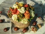 Růžičky z podzimních listů