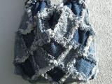 """Taška tvořená technikou """"rag"""" quilt"""