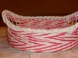 červenobílý košík