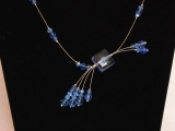 Asymetrický náhrdelník
