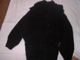 pletený kabát s čepicí z ovčí vlny