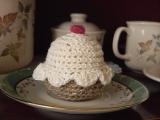 Háčkovaný muffin - cupcake