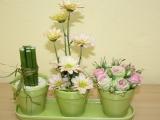 Tři květináče