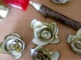 dřevěné kytičky