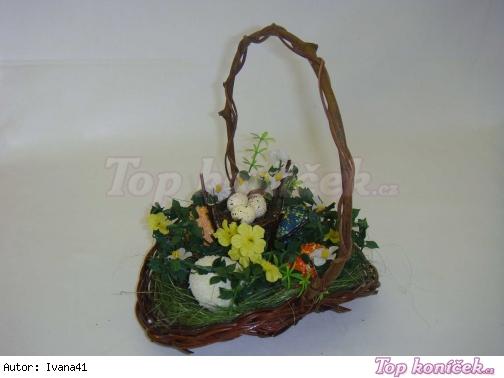 Košíček s vajíčky a slepičkou