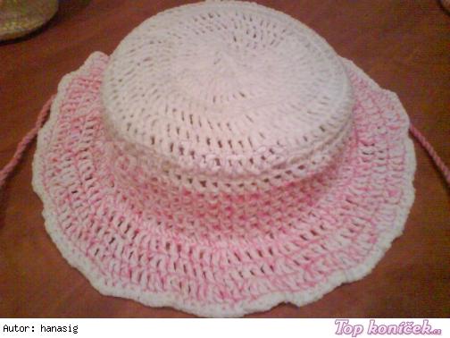 klobouček pro holčičku