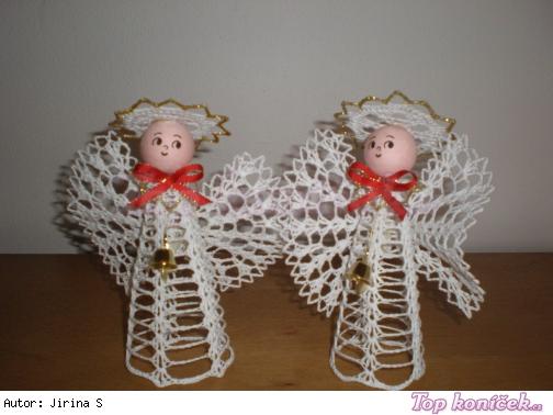 Andílci malí-vánoční dekorace