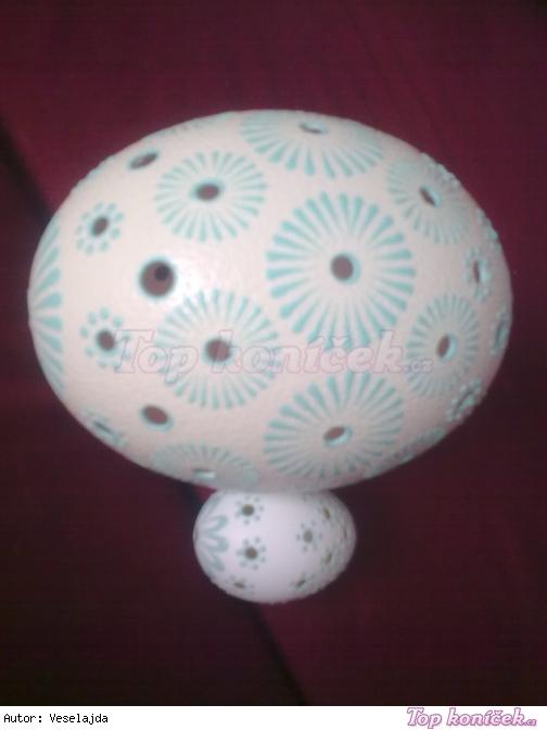 vrtání a malování vajíček