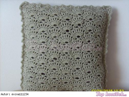 Háčkovaný polštářek-nový vzor