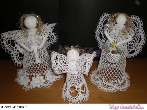 Háčkovaní andílci-vánoční dekorace